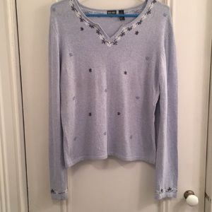 Soft light blue long sleeve sweater w/embroidery